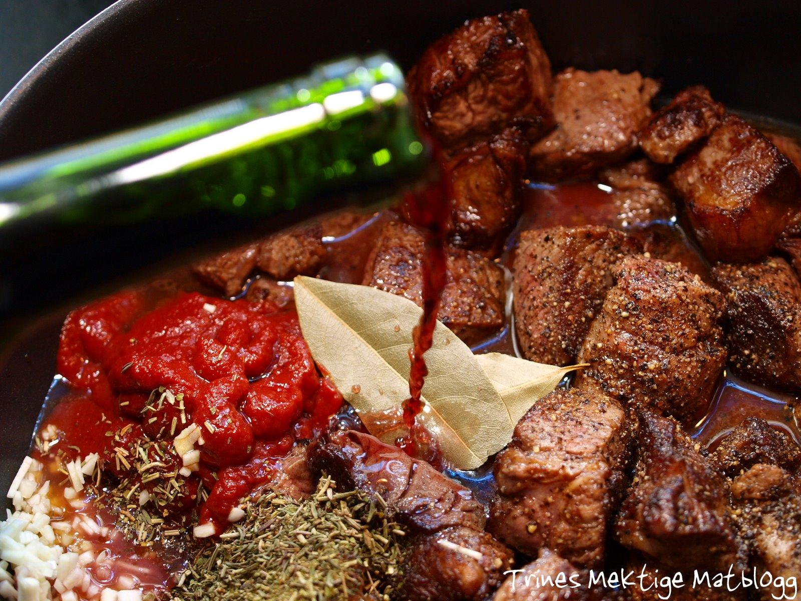 Beef Bourguignon med potetpurè