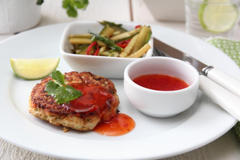 Thaifiskekaker med spicy agurksalat