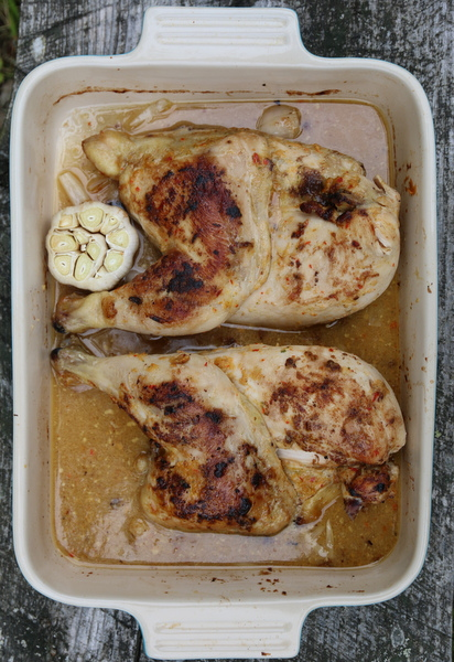 Pulled chicken med råkostsalat og myntedressing