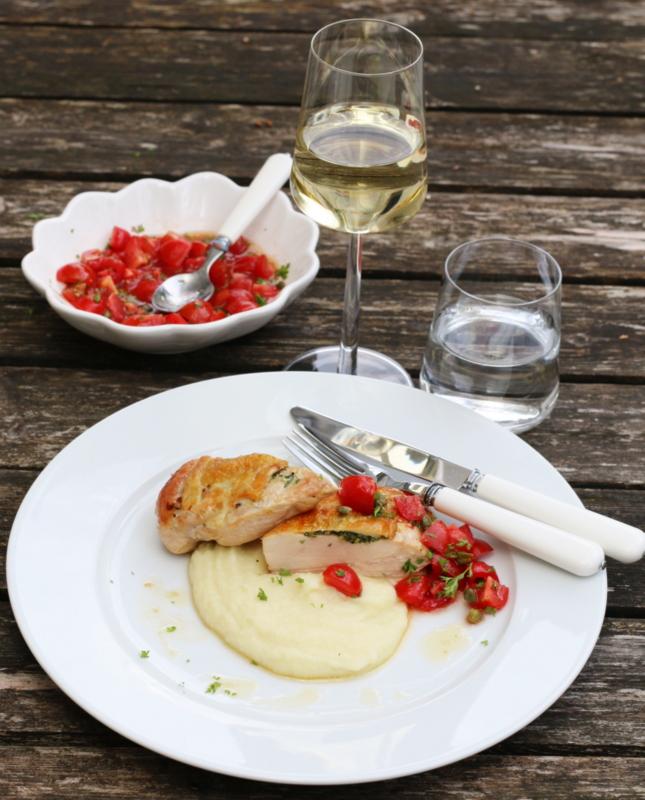 Kylling med tomatsalsa og blomkålpure