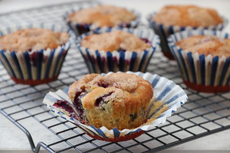 Blåbærmuffins med kanelkrønsj