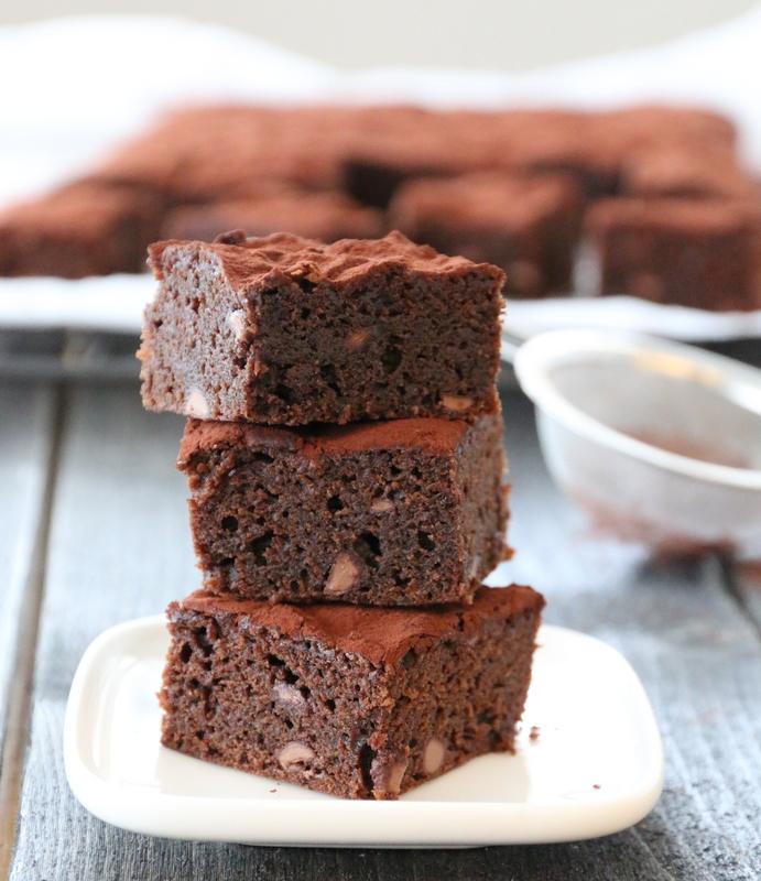 Brownie med melkesjokoladebiter