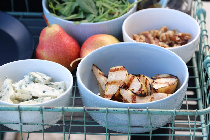 Grillet entrecote med pære, gorgonzola og balsamico