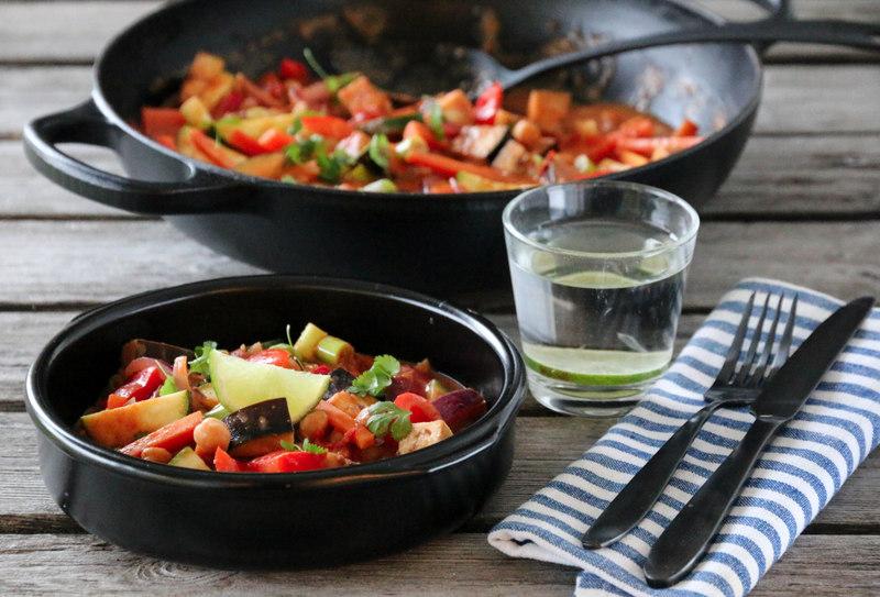 Grønnsakscurry med kikerter