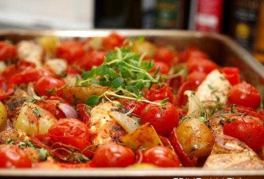 Image: Ovnsbakt chilikylling med chorizo, tomat og poteter