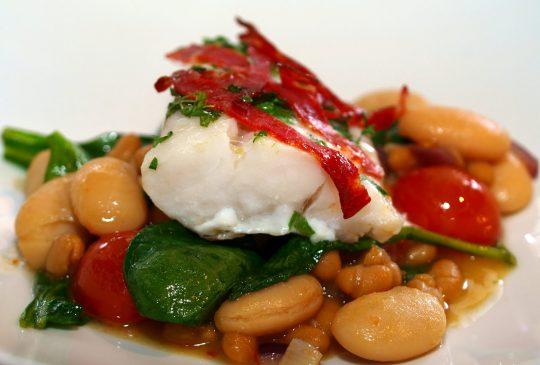 Image: Torsk med chorizo og bønnesalat