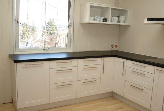 Image: Kjøkkenet er (nesten) på plass!