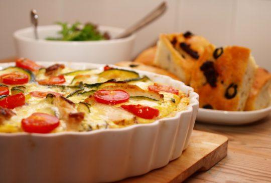 Image: Kyllingpai med mozzarella og middelhavsgrønnsaker