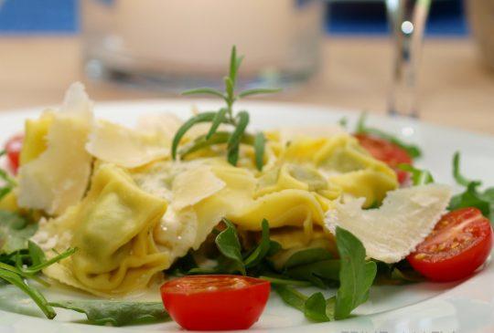 Image: Fylt pasta med sitron- og parmesansaus