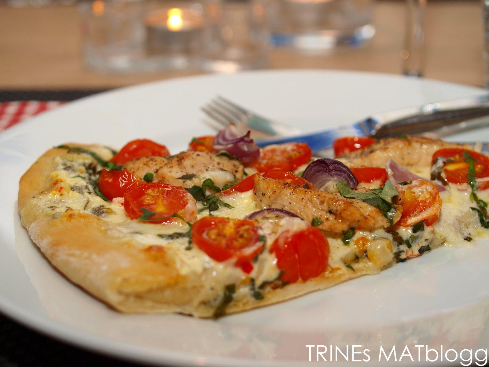 tunfisk pizza oppskrift