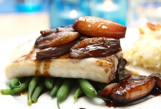 Image: Ovnsbakt torsk med balsamicoløk og sellerirotmos