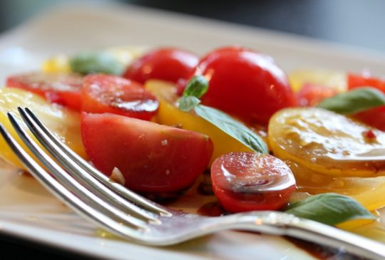 Image: Økologisk tomatsalat med møøøzzarella