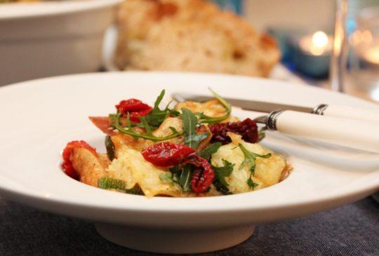 Image: Squash- og kyllinglasagne med pesto og konfiterte tomater