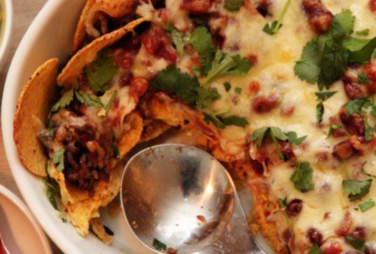 Image: Kjappe nachos med salsa og guacamole