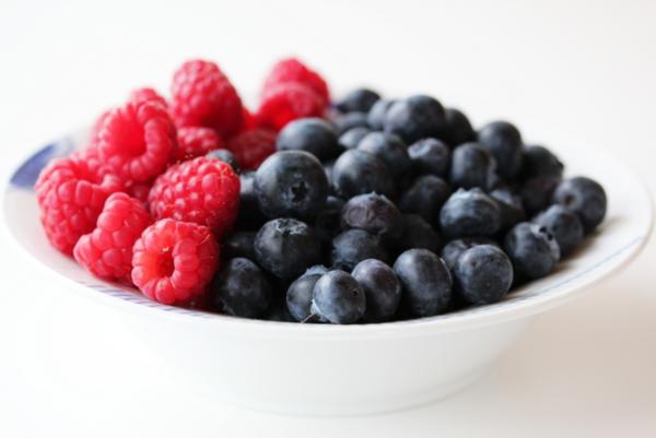 bringebær og blåbær