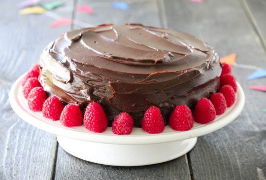 Image: DEVILS FOOD CAKE MED BRINGEBÆR
