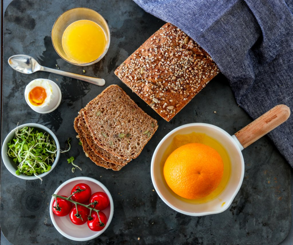Eltefritt speltbrød med frø
