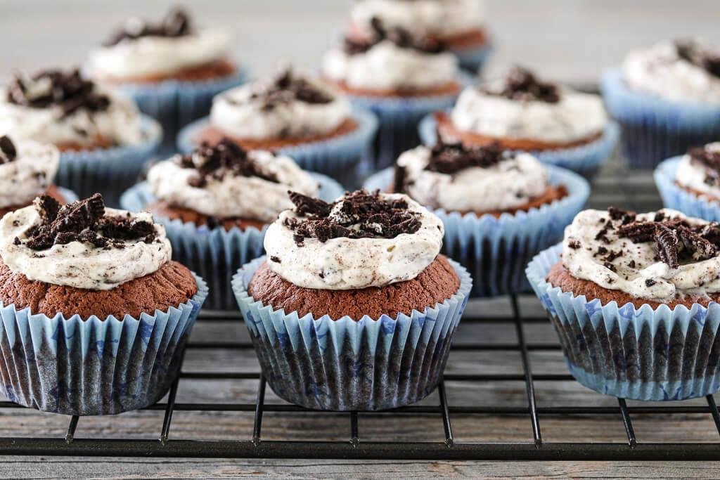 Sjokoladecupcakes med Oreokrem