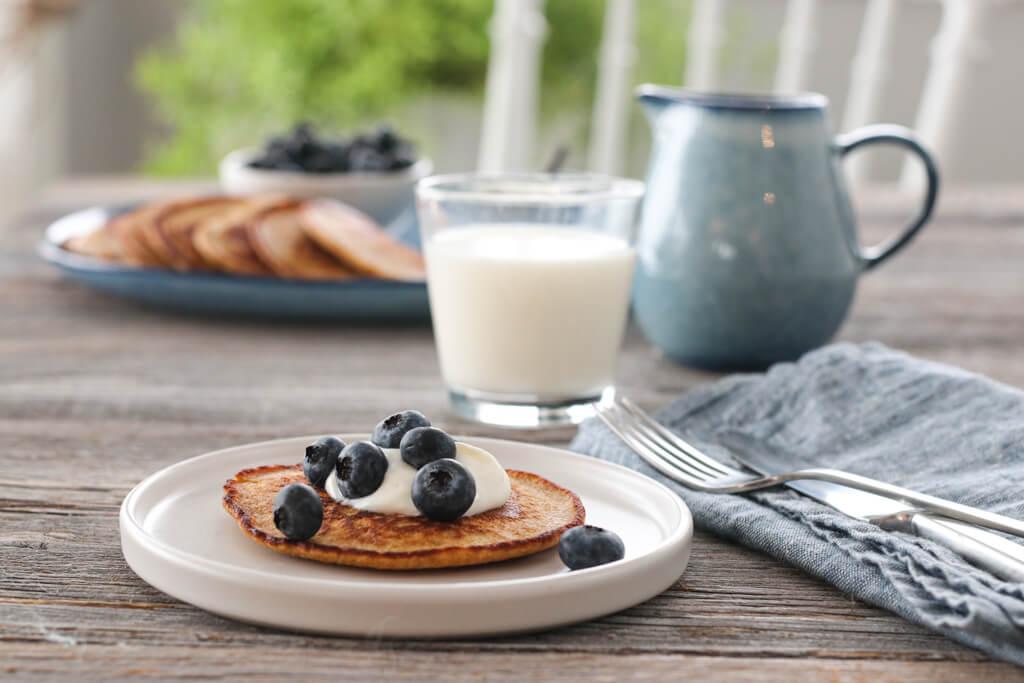 Frokostpannekaker med havre og banan