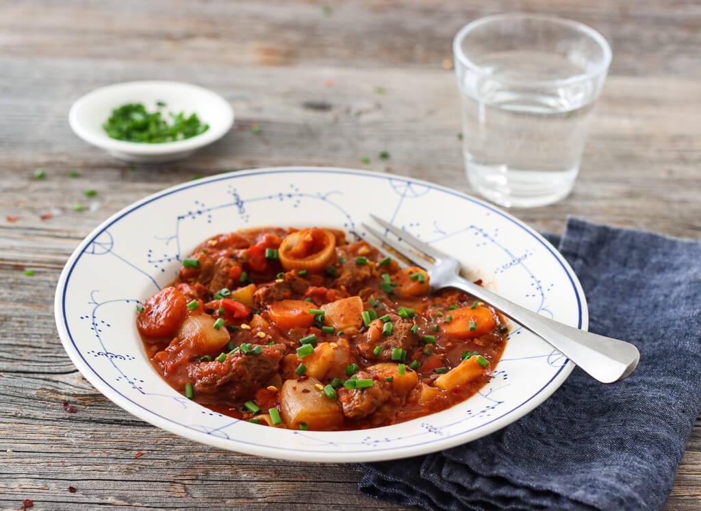 One pot kjøttgryte med rotgrønnsaker