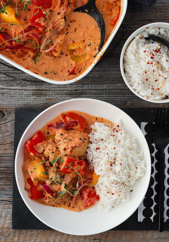 Kremet kyllingform med paprika