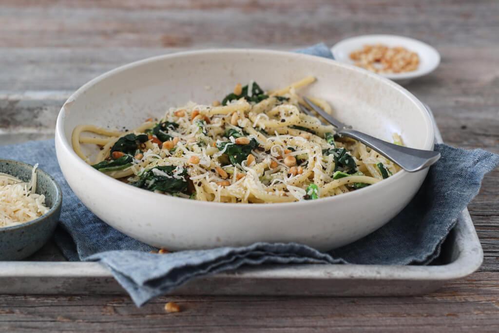 Spagetti med squash og spinat