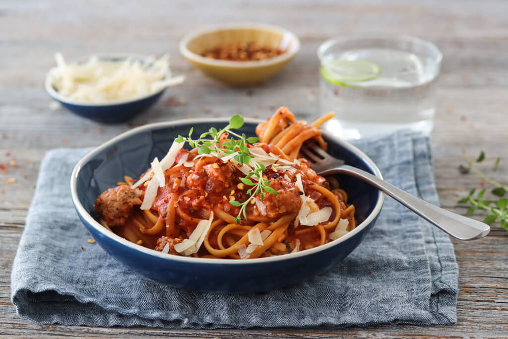 One pot-pasta med kjøttboller og squash